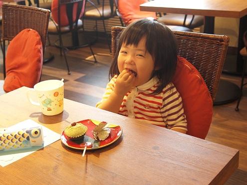 女の子蒸しパン.jpg